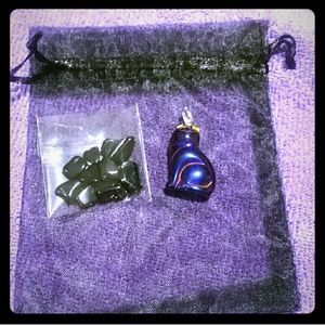 boutique Jewelry - Hematite kitty cat purple carved stone necklace